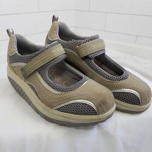 Skechers Shape-ups Size 8.5 Mary Jane Shoes Gray